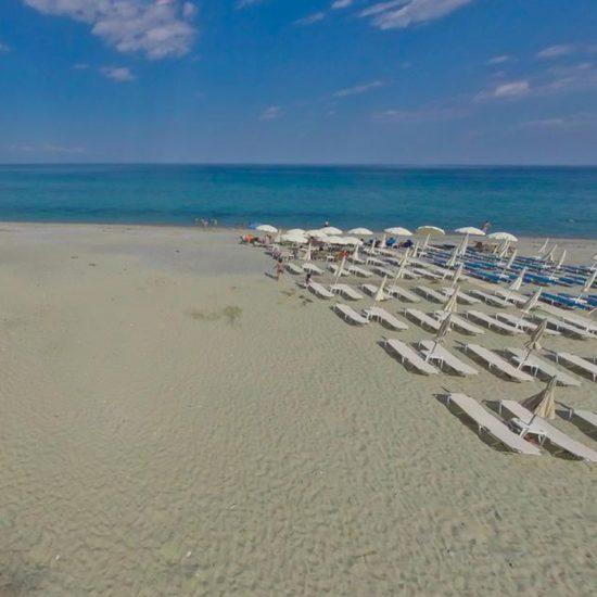 plaja tabara din litochoro grecia