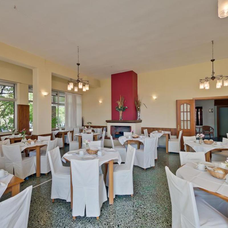 restaurant tabara din litochoro grecia