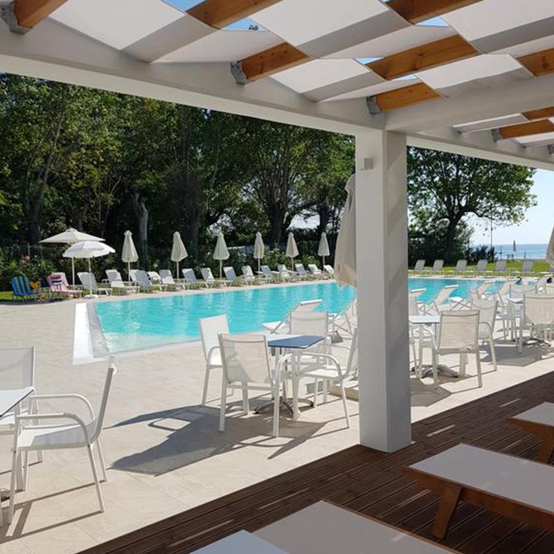 piscina tabara din litochoro grecia