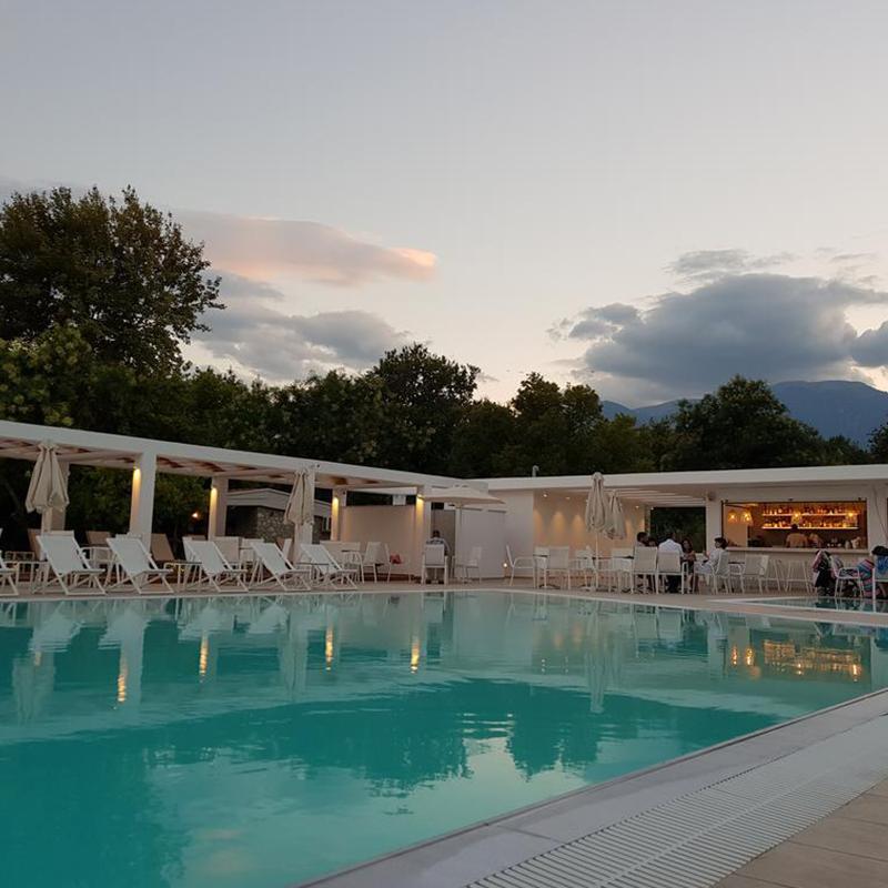 piscina seara tabara din litochoro grecia